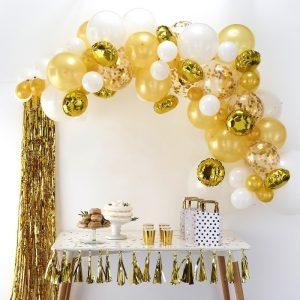 Ballonbogen in Gold als Dekoration