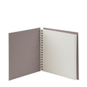 Quadratische Fotoalbum in der Farbe Taupe