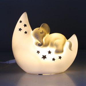 LED Nachtlicht mit kleinem Elefanten